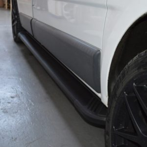 Renault Trafic Fox Running Boards / Side Steps - Black Aluminium (SWB L1)