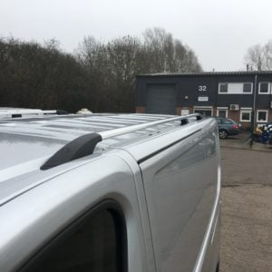 Trafic x82 Roof Bars & Roof Rails