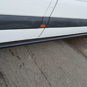 Sprinter/Crafter Gloss Black Streamline Side Bars (L2 MWB)